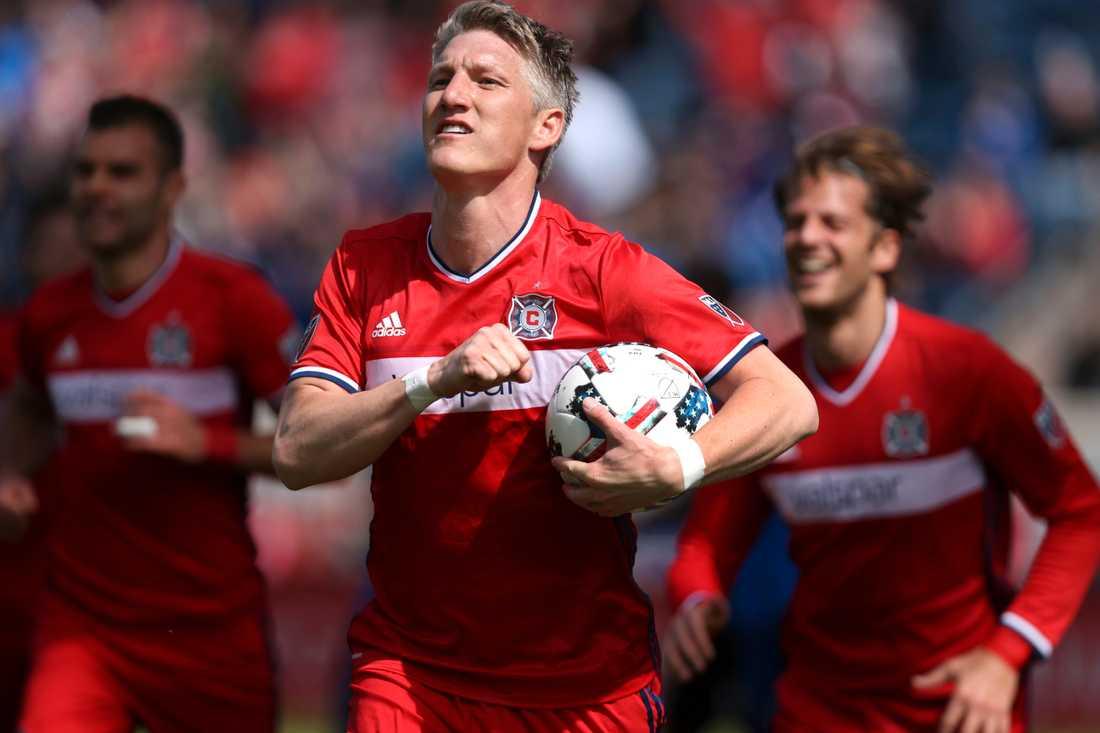 Förre United-mittfältaren Schweinsteiger spelar numera i Chicaago.
