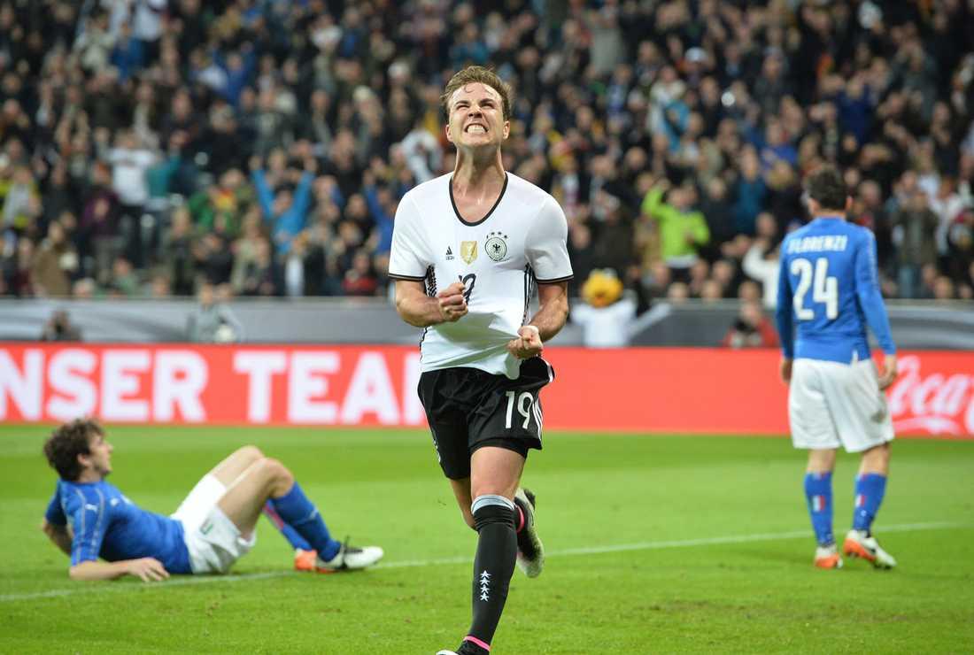 Mario Götze gjorde ett av målen i storsegern mot Italien.