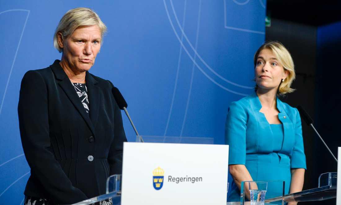 Ann-Marie Begler och Annika Strandhäll 2015.