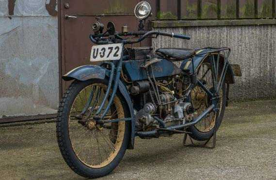 En orenoverad Henderson från 1917 med en ägare. Utropspris: 550 000 kronor.