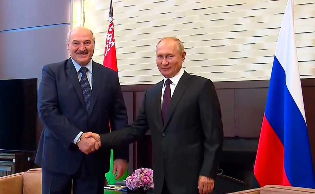 Alexandr Lukasjenko och Vladimir Putin.