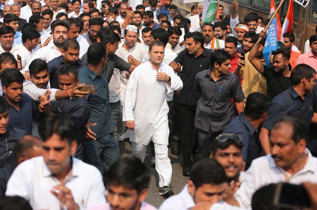 Den indiske oppositionsledaren Rahul Gandhi deltar i en protestmarsch i New Delhi. Arkivbild.