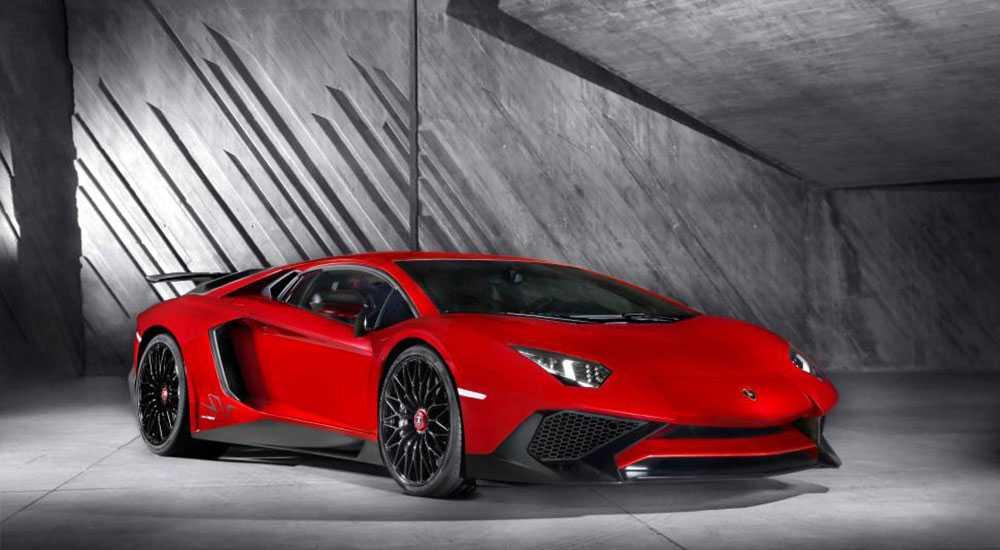 Lamborghini 750-4 SV