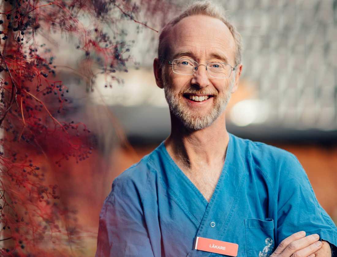 JonasF Ludvigsson, professor vid institutionen för medicinsk epidemiologi och biostatistik på Karolinska institutet och överläkare vid barnkliniken på Universitetssjukhuset Örebro. Pressbild.