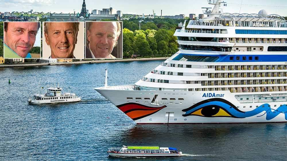 Nio av tio kryssningsfartyg som anlöper Stockholms hamn står med dieselmotorerna igång för att generera el medan de ligger vid kaj. Ett enda sådant fartyg släpper ut lika mycket koldioxid som 700 tomgångsgående långtradare, skriver debattörerna.