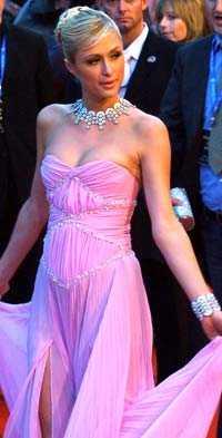 """Snart är det slutfestat för Paris Hilton. Här är hon i London för premiären av """"House of Wax."""""""
