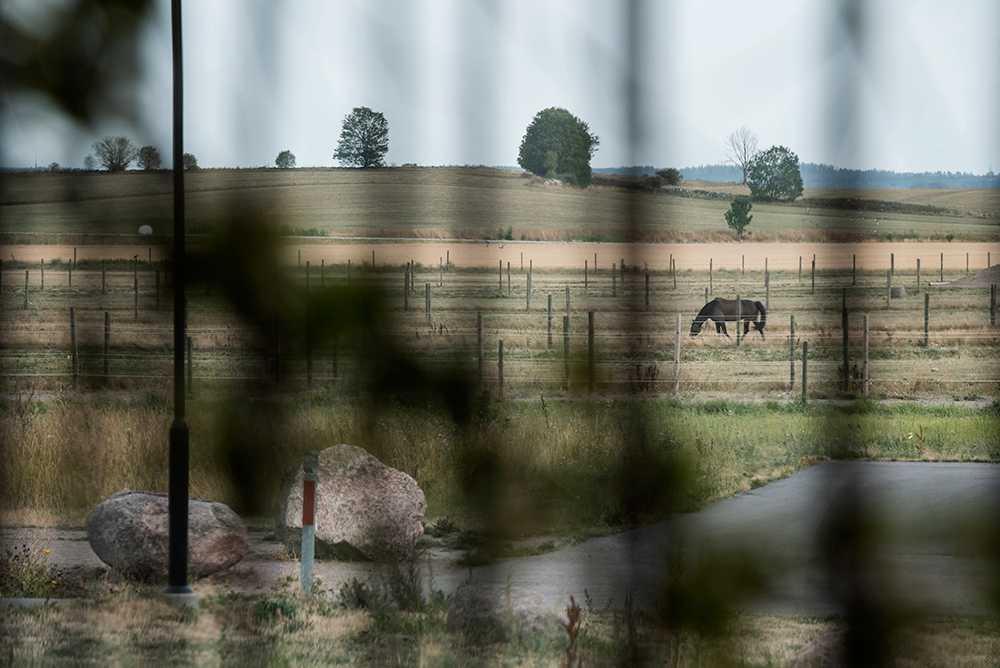 Bönder träffas och pratar om torkan den 8 augusti på Vreta Kluster i Linköping.