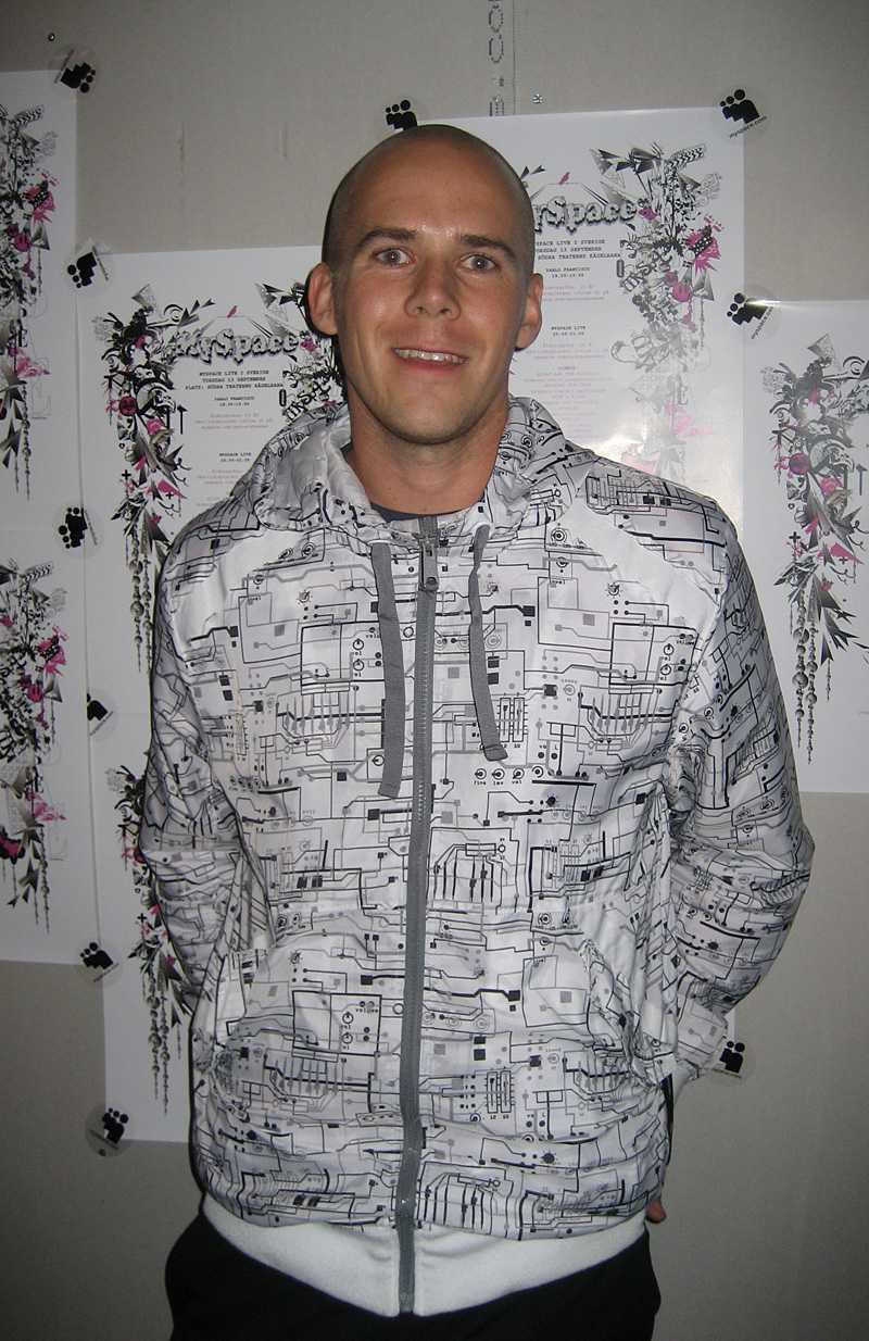 Jonas Lindberg Nyvang på svenska MySpace.