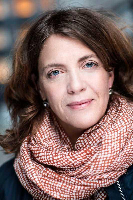 """""""SPÄND OCH TAGGAD""""  Cilla Thorell är väldig glad att hon fick huvudrollen i """"Det mest förbjudna"""". """"Det händer liksom inte att man får en sådan här roll i film eller tv i min ålder"""", säger hon."""