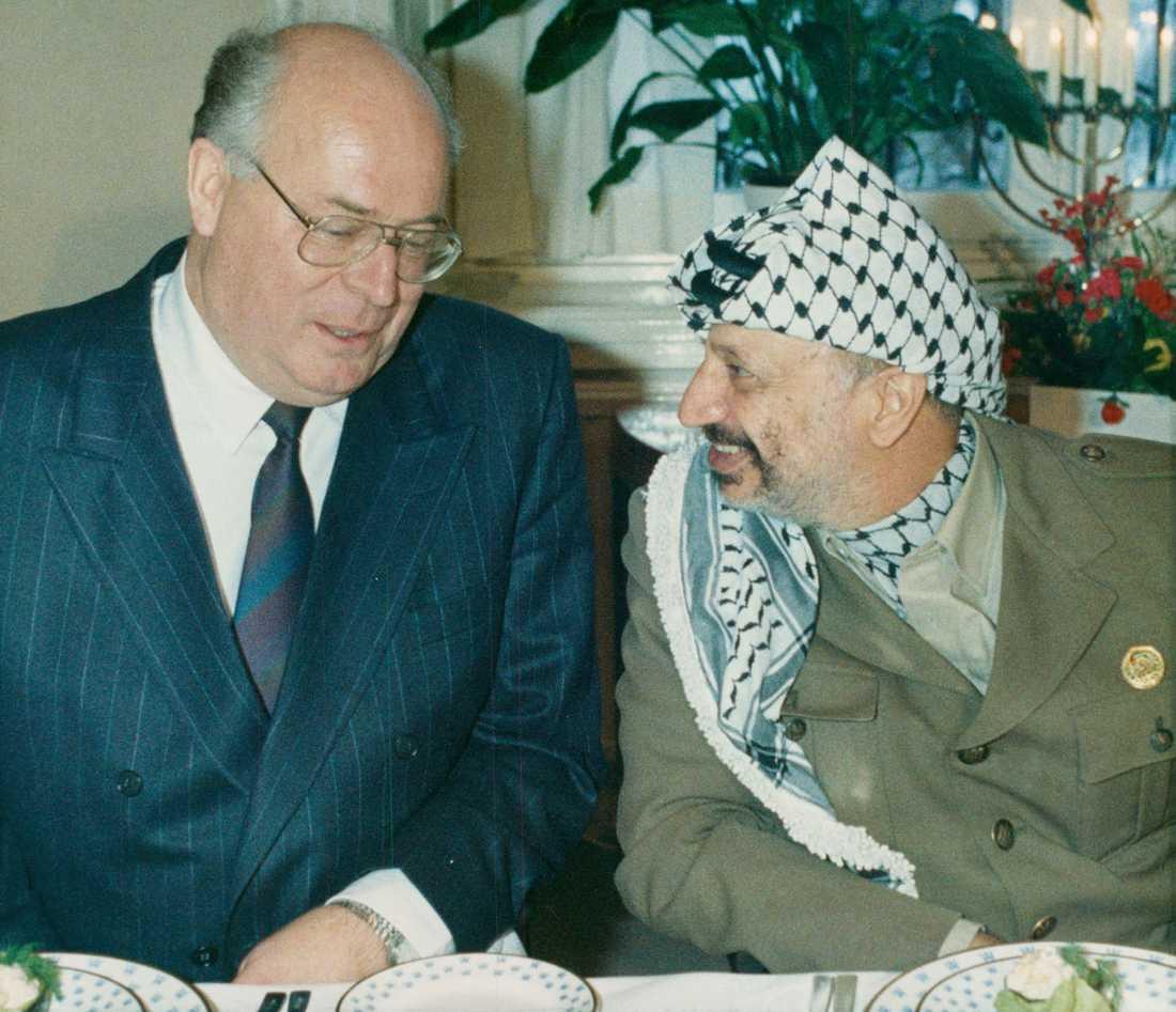 När Yassir Arafat besökte Sverige 1988 åt han lunch med Lars Werner