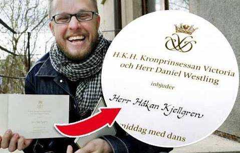 Journalisten Håkan Kjellgren fick inbjudan till kronprinsessan Victoria och Daniel Westlings bröllop av misstag.