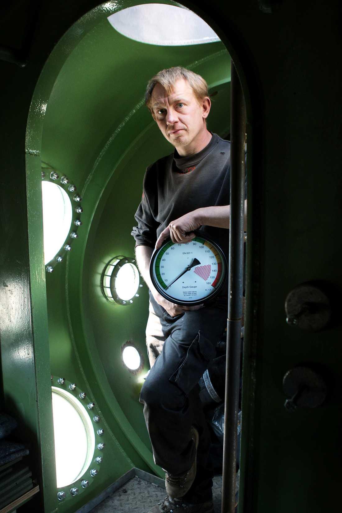 Peter Madsen ombord på sin ubåt. Arkiv 2008.