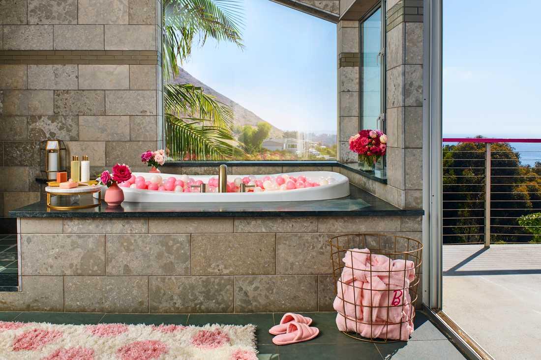 Vad sägs om ett bad här?