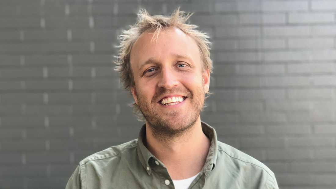 """Svensken Joel Karsberg har gjort uppmärksammade dokumentären """"Surviving R Kelly""""."""