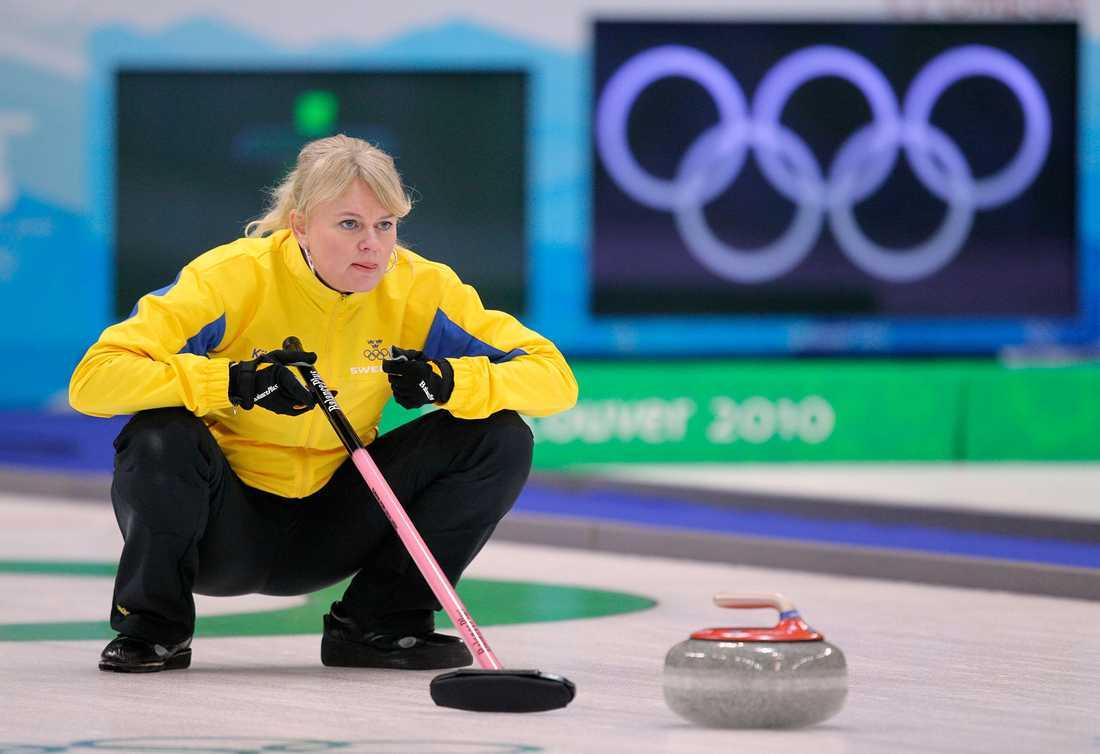 """Curlingstjärnan Anette Norberg är en annan av deltagarna i nya säsongen av """"Mästarnas mästare"""". Här under OS i Vancouver 2010."""