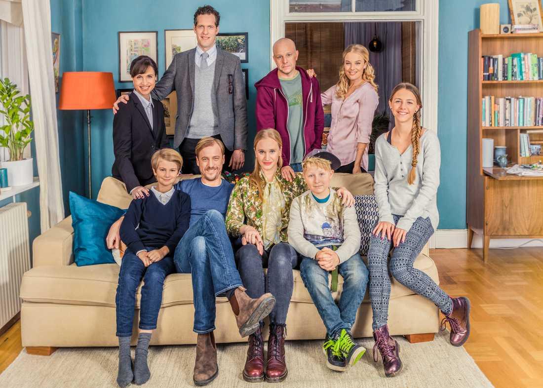 """Skådespelarna i """"Bonusfamiljen"""" vill göra fler säsonger av serien."""