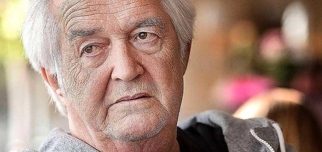 Författaren, dramatikern - och socialisten - Henning Mankell dog i veckan. I eftermälet talas det tyst om hans röda engagemang.