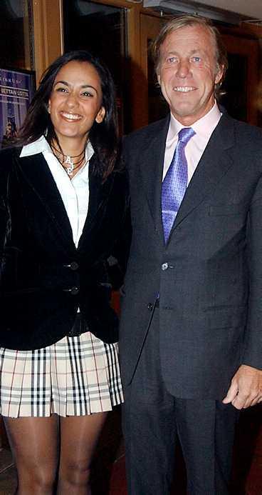 Väljer yngre kvinnor Kungens kompis Aje Philipson, 61, (ovan) väntar barn med sin Bathina El-Soudi, 25. Och nu ska kungens kompis Noppe Lewenhaupt, 57, (nedan) gifta sig med Lee Haeng-Wha, 44. Drottningen (överst) är inte road.