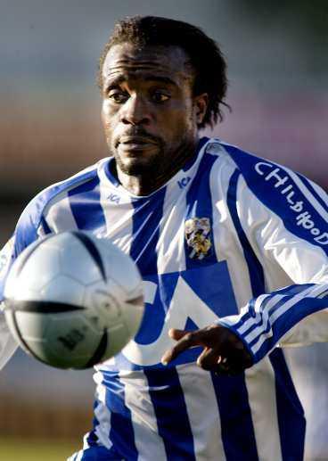 till FCK 1 Namn: Peter Ijeh. Ålder: 28. Längd: 185 cm. Vikt: 83 kg. Moderklubb: Nitel FC. Övriga klubbar: Malmö FF. Allsvenska matcher: 95. Allsvenska mål: 50. Skyttekung 2002: 24 mål.