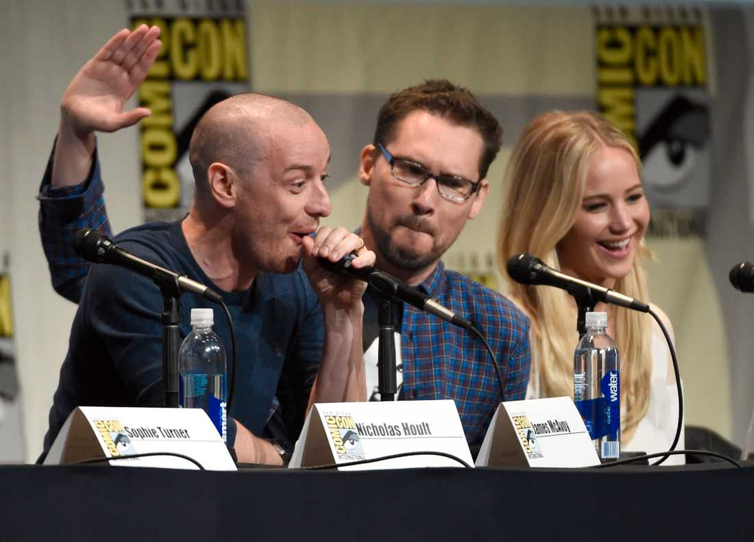 James McAvoy, Bryan Singer och Jennifer Lawrence.