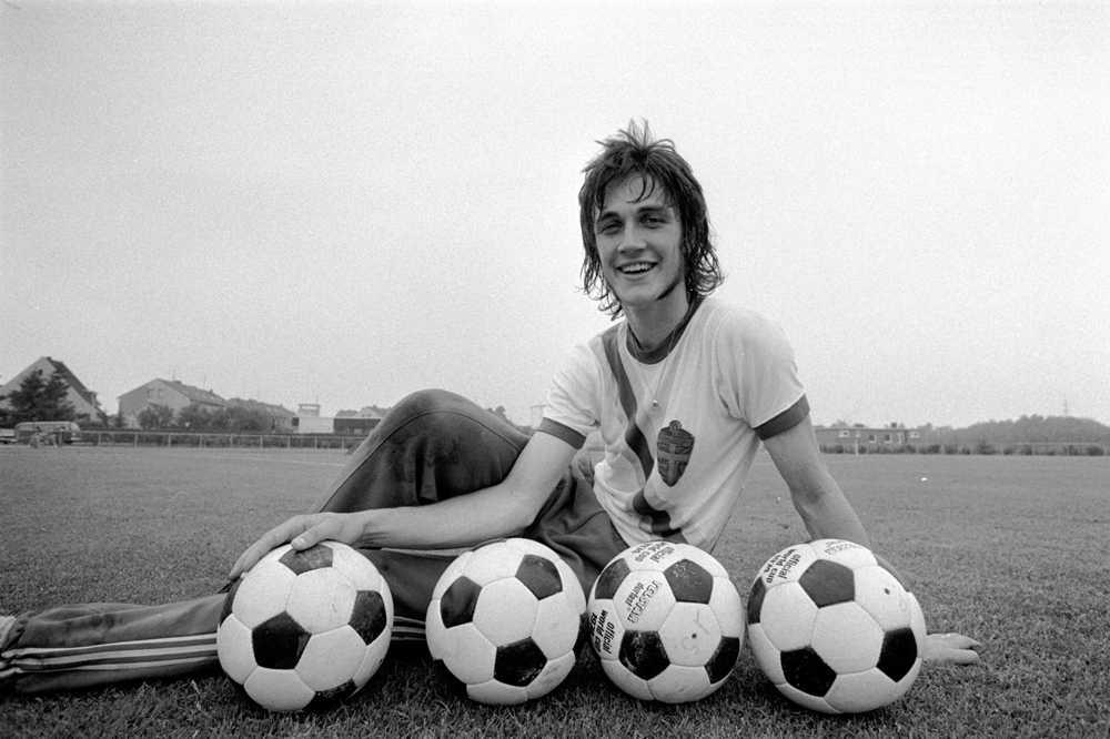 Ralf Edström inför fotbolls-VM 1974.