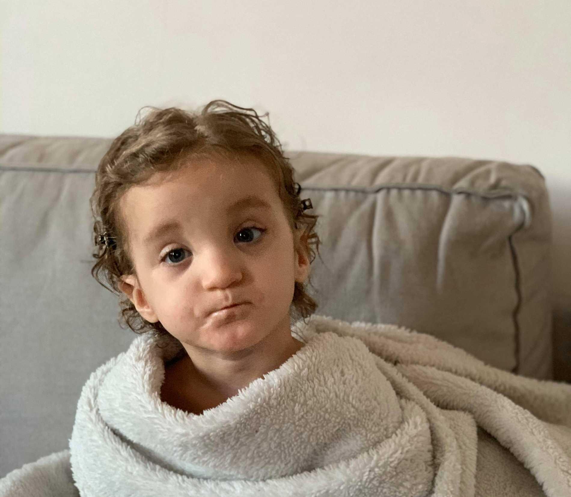 Alicia har det väldigt ovanliga syndromet CDK13 genetic mutation.