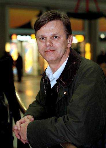 Psykiatern Jörgen Herlofson hjälper folk att gå ner i varv.