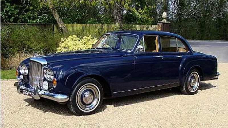 Likadan Bentley S3 Continetal Flying Spur som Keith Rihard hade på 1960-talet.