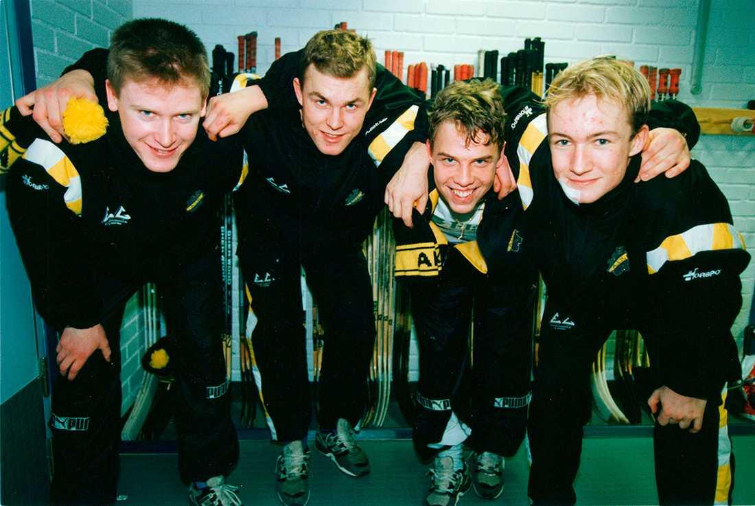 Nylander för 22 år sedan i AIK, med Niklas Sundblad, Mattias Norström och Kristian Gahn.