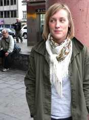 Namn: Caroline Johansson Ålder: 27 Bor: Hammarbyhöjden Gör: Marknadsförare 00-tal Foto: Allt om Stockholm