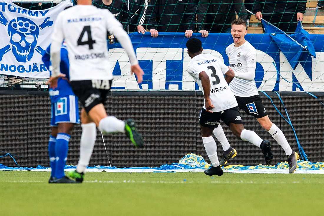 Jake Larsson satte Örebros båda mål.