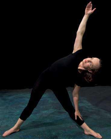 """TRÄNAR HELHETEN. Maria kallar träningen """"holistisk"""", man tränar både kropp och själ."""