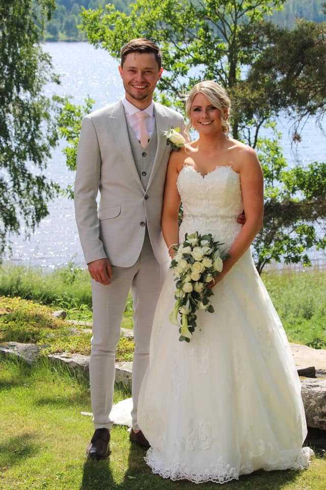 Den 13 juni i år blev Oskar och Paula äkta makar
