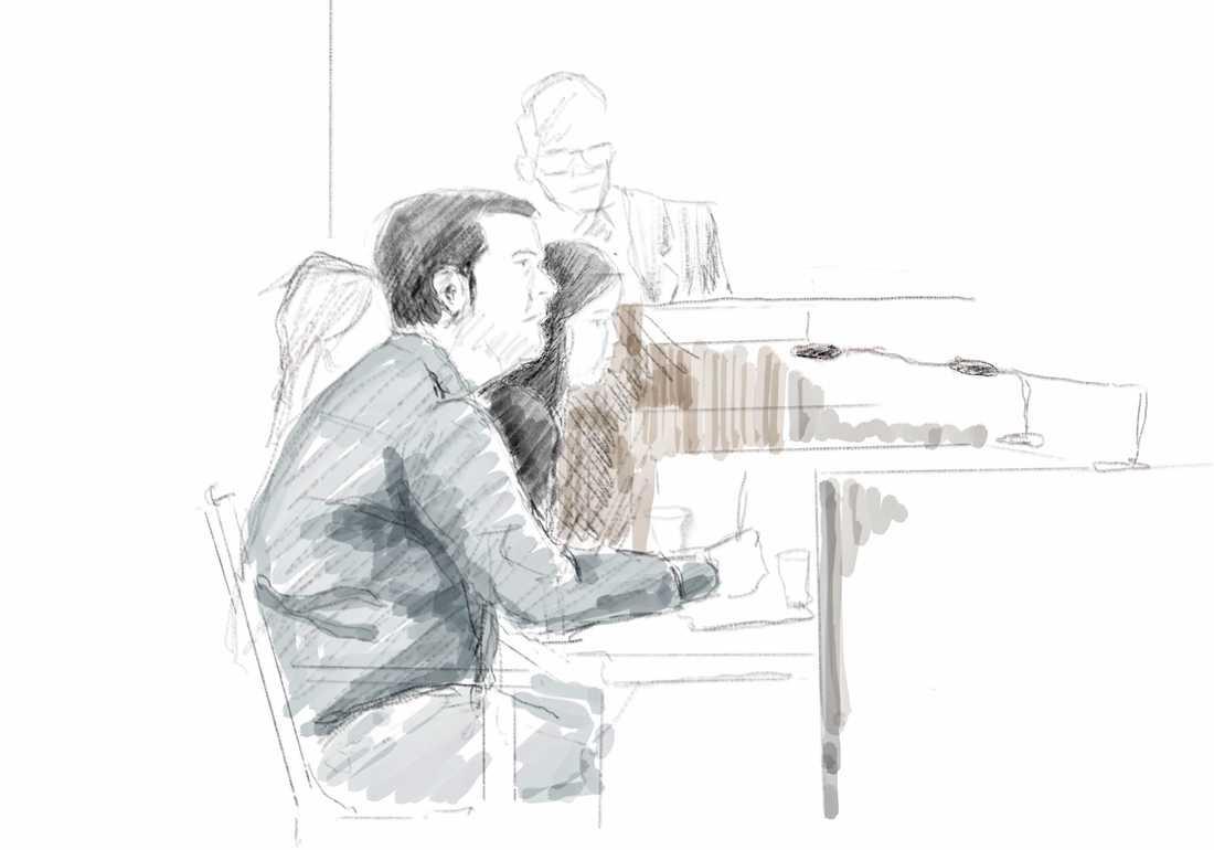 Illustration från tingsrättsförhandlingarna mot läkaren. Arkivbild.