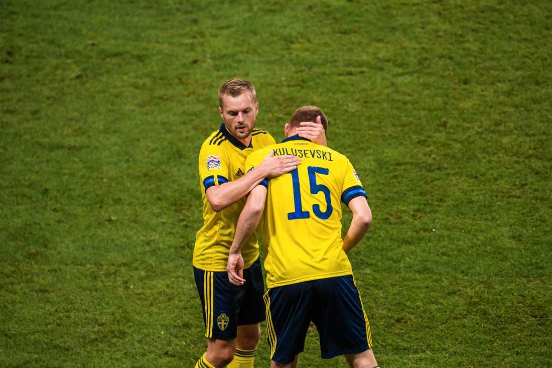 Sebastian Larsson byttes ut mot Dejan Kulusevski i Frankrike-matchen.