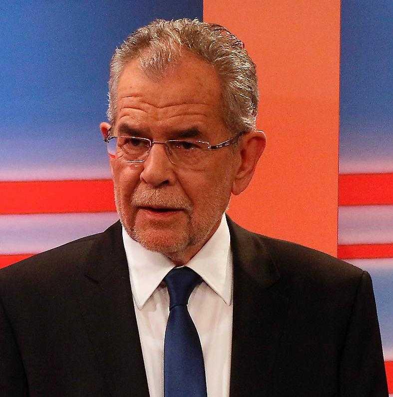 Förre miljöpartisten Alexander van der Bellen vann i presidentvalet i maj – nu väntar omval.