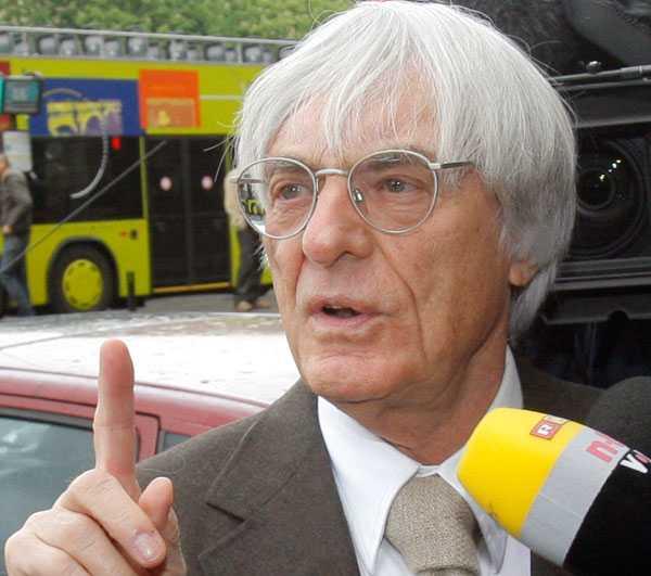Ecclestone tänker medla mellan FIA och Ferrari.