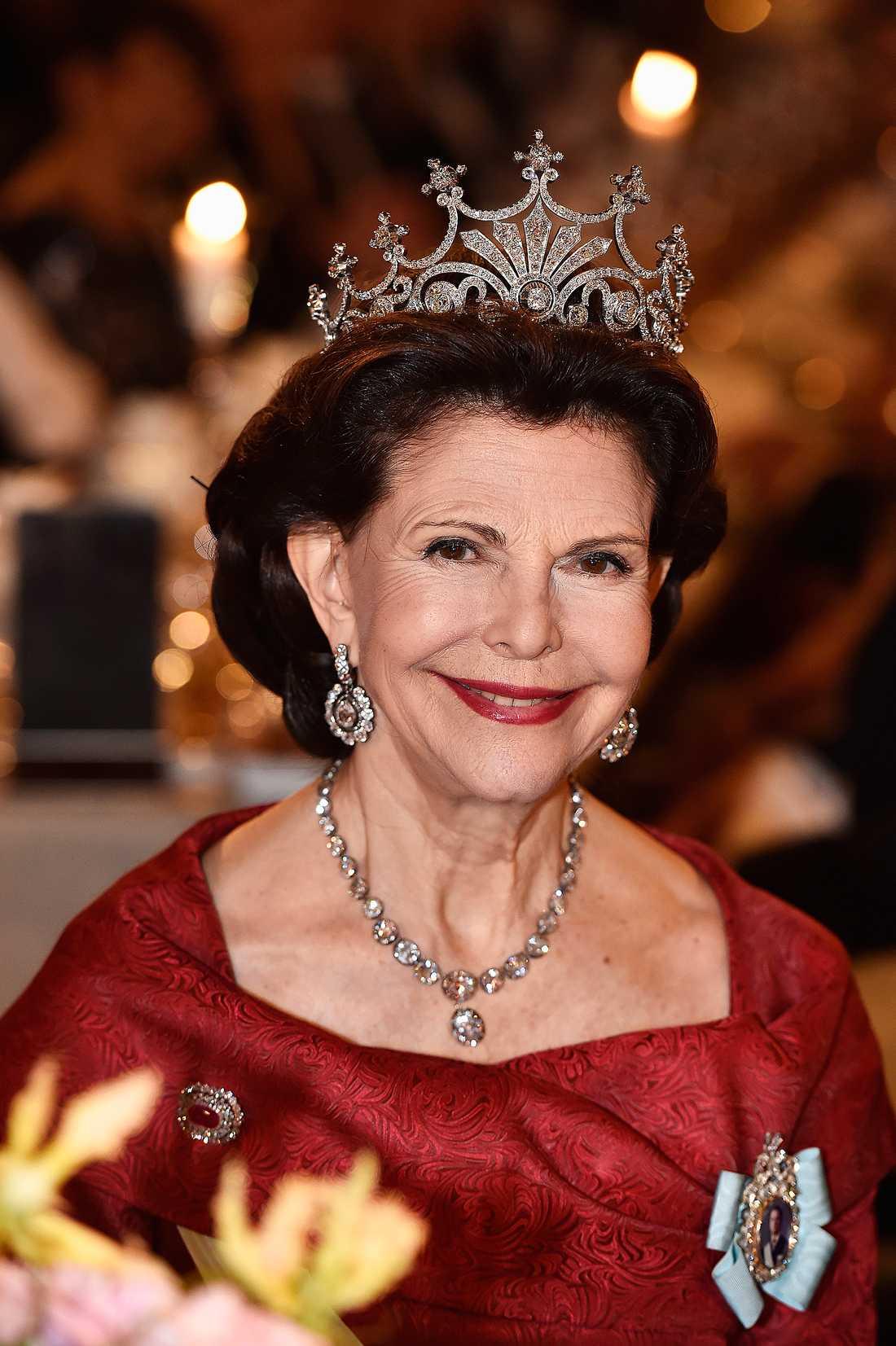 Drottning Silvia på nobelmiddagen.