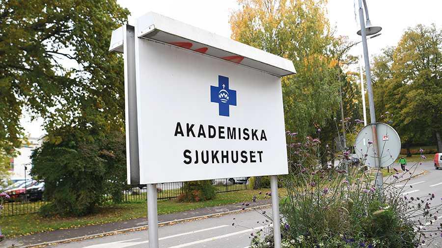 Mitt under brinnande coronakris har den moderatledda politiska ledningen i Region Uppsala öppnat upp för att sälja ut både öppenvård och slutenvård inom gynekologin. Det är helt oacceptabelt och ett svek mot Uppsala läns kvinnor, skriver S-kvinnor.