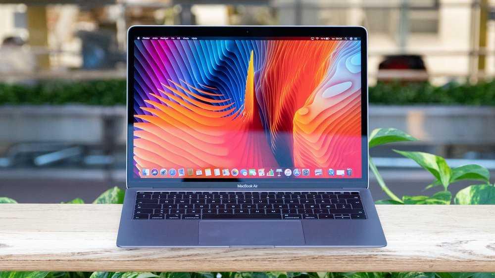 Apple Macbook Air late 2018 test.