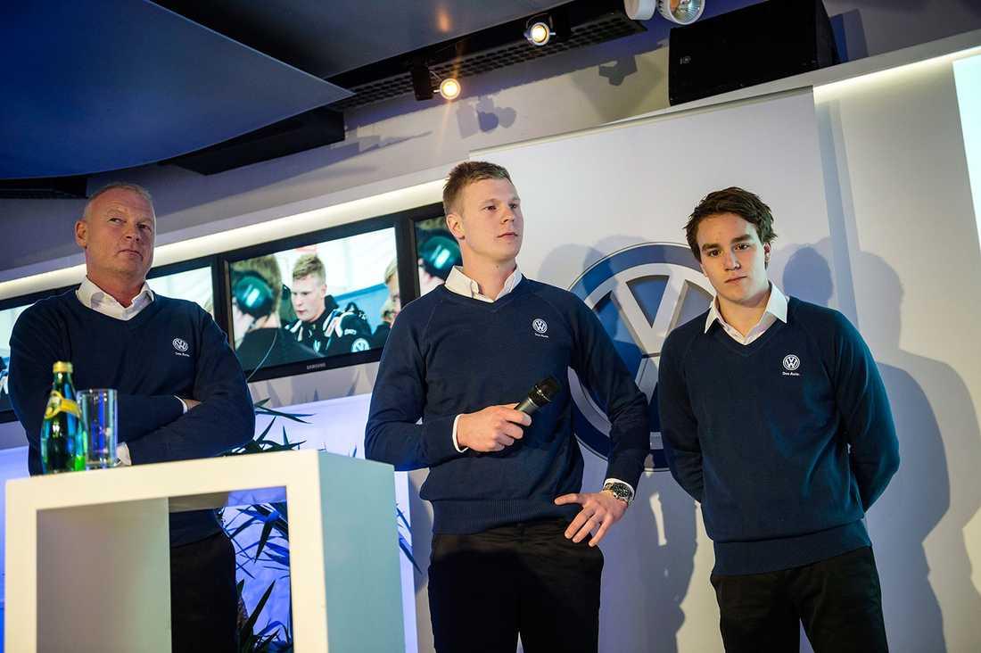 Tommy Kristoffersson, teamchef VW samt rallycrossförarna Johan Kristoffersson och Ole Christian Veiby vid en pressträff inför rallycross och STCC säsongen 2014.