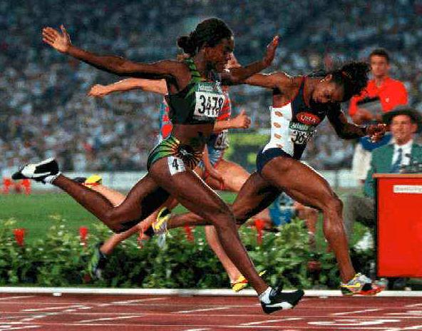 Ottey snuvad på guldet av Gail Devers på 100 meter i Atlanta-OS 1996.