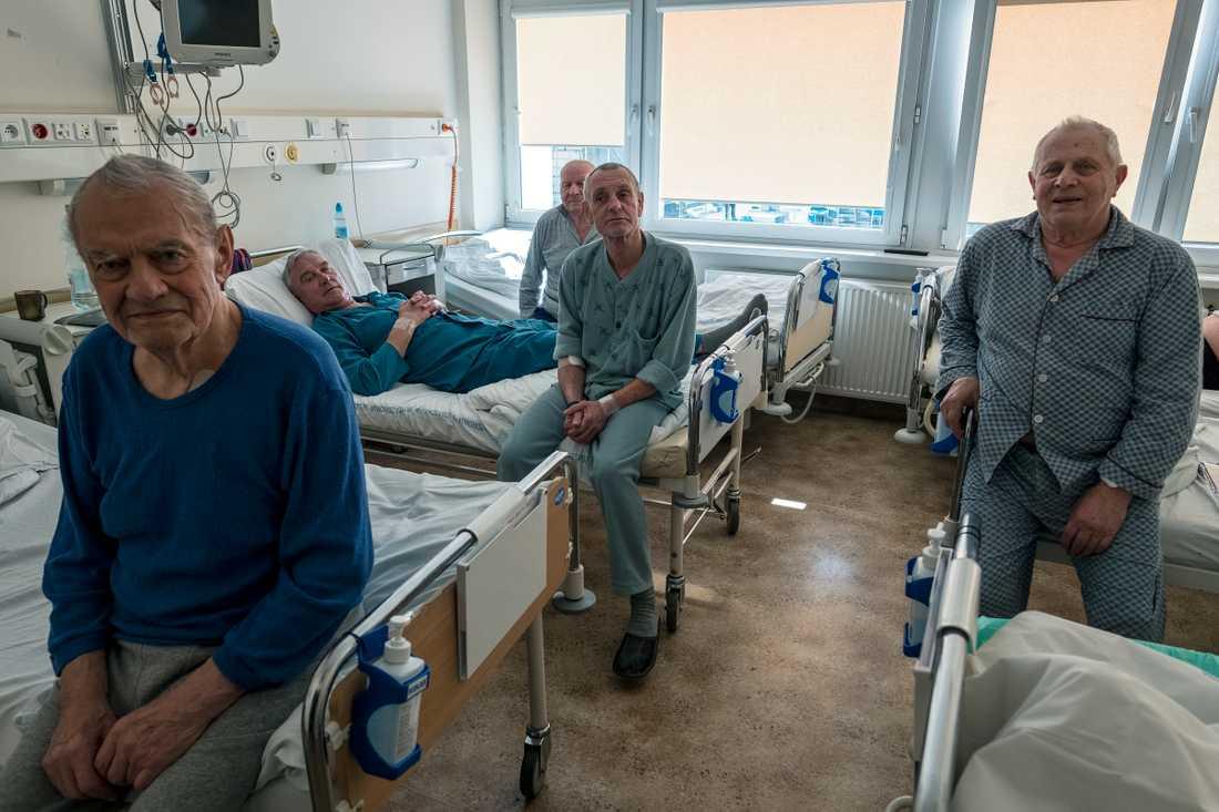 Patienter på det gamla sjukhuset i Torun.