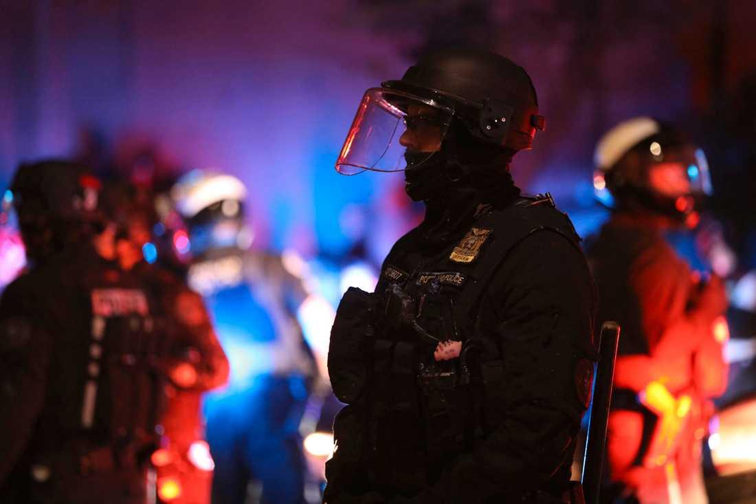 Polis och demonstranter i Portland i Oregon, där det varit oroligt en tid.