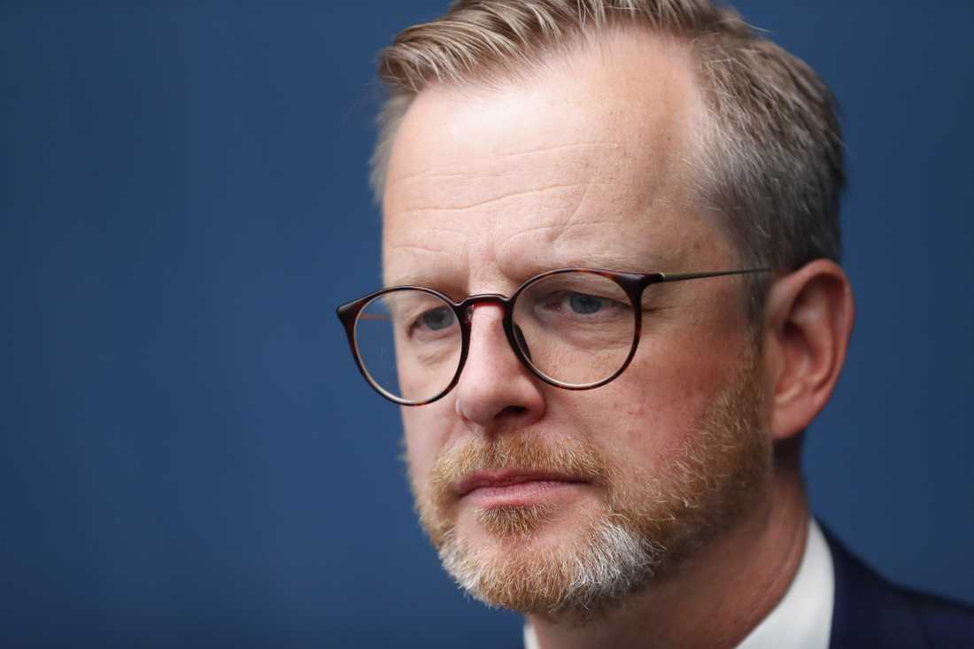 Inrikesminister Mikael Damberg (S) i samband med ett internationellt expertmöte i Stockholm om möjligheten att inrätta en tribunal för att beivra krigsbrott i Syrien och Irak.