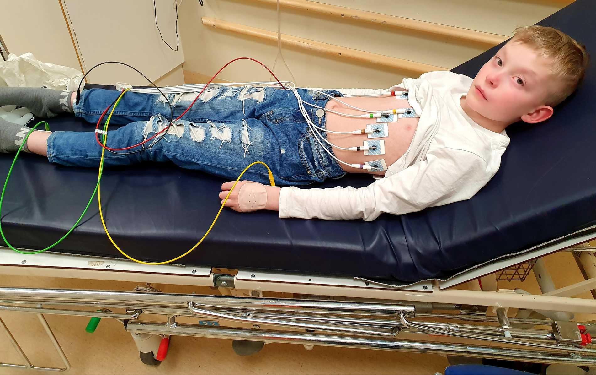 Melvin blev inskriven på sjukhuset, efter fem dagar kunde han skrivas ut.