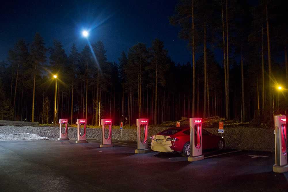Supercharger vid Gävlebro.