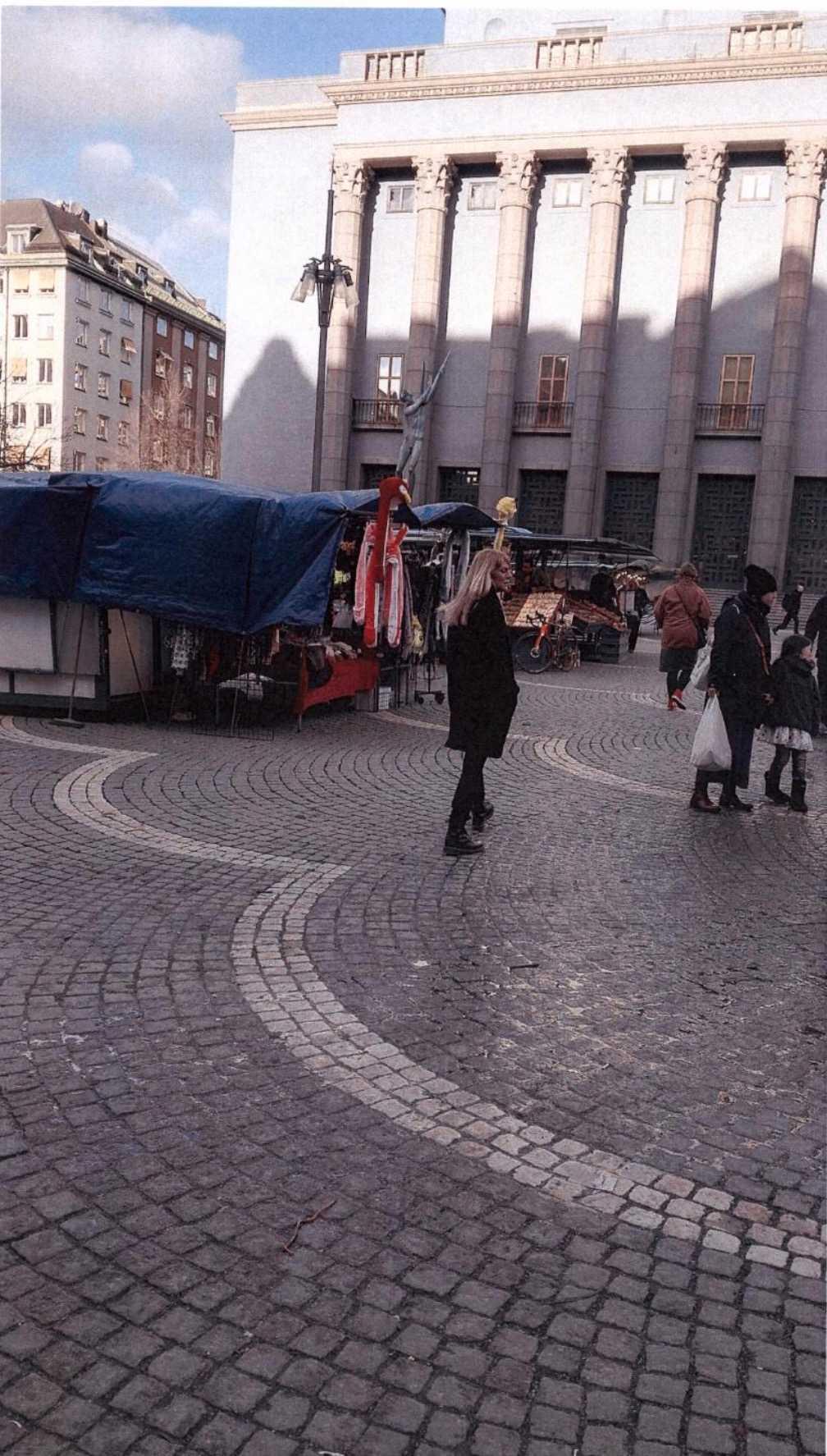 Akilovs bilder från Hötorget, centrala Stockholm.