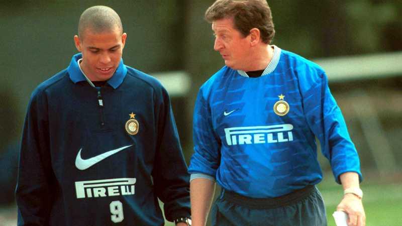 Roy Hodgson med en ung Ronaldo i Inter.