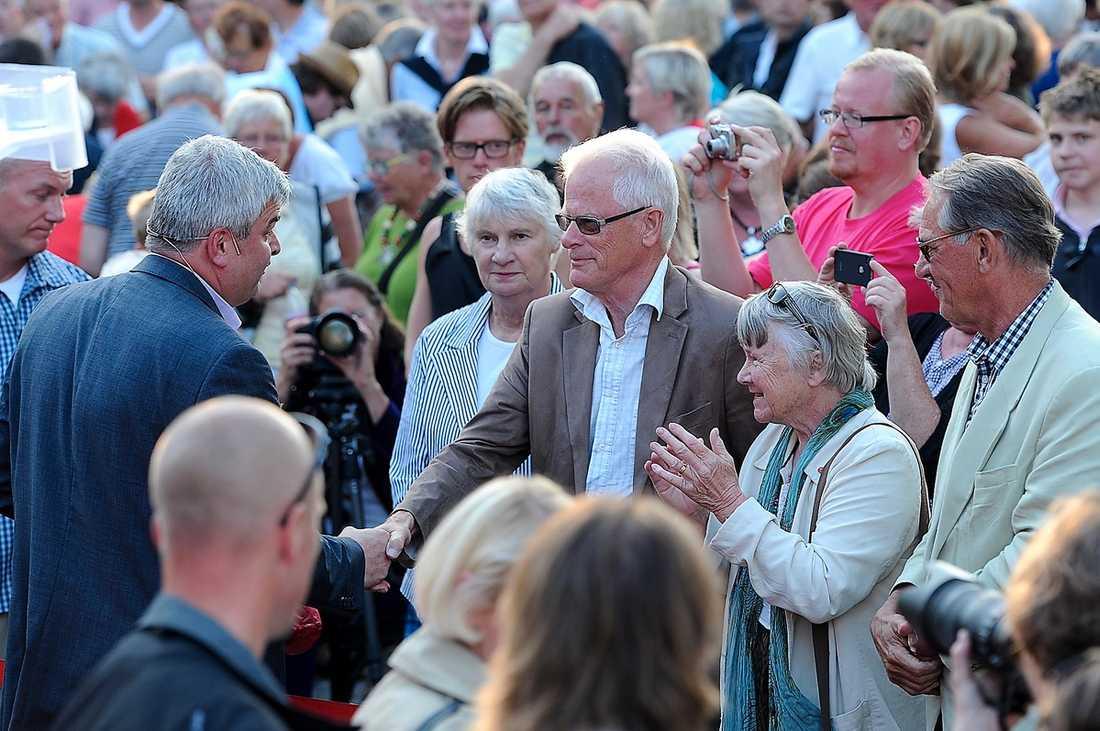 Håkan Juholt och Ingvar Carlsson träffades i somras. Och fler möten ser det ut att bli framöver.